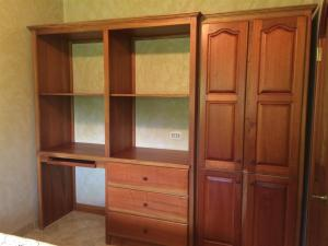 16 Bd closet
